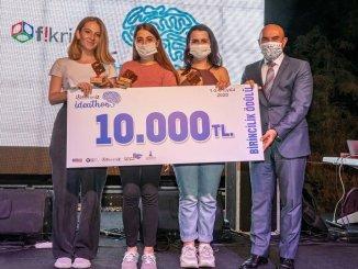 İzmir Büyükşehir Yenilikçi Fikirleri Ödüllendirdi