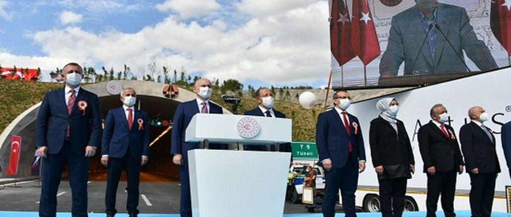 Gebze İzmit Otoyolu Törenle Hizmete Açıldı