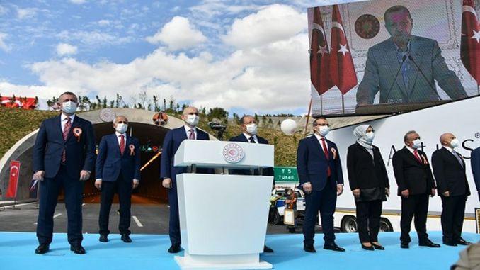 Gebze İzmit Highway öppnades med en ceremoni