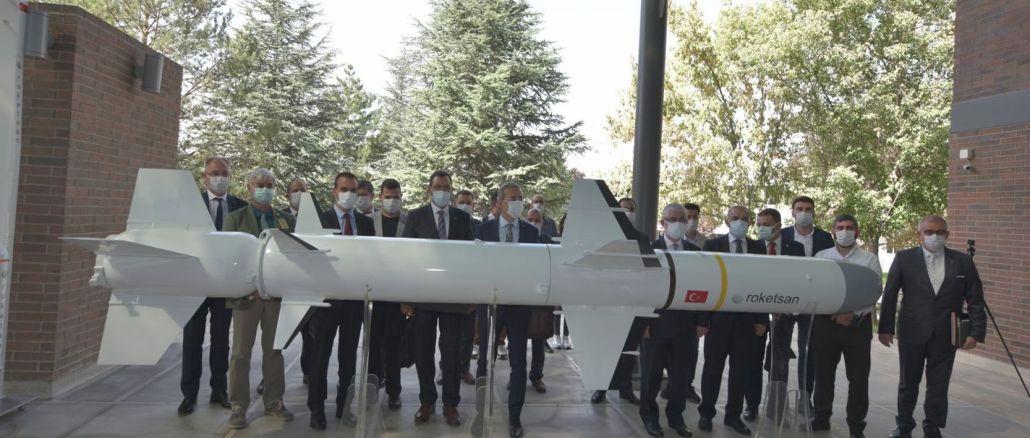 Roketsan, Lalahan Tesisleri'nde basın mensuplarını ağırladı