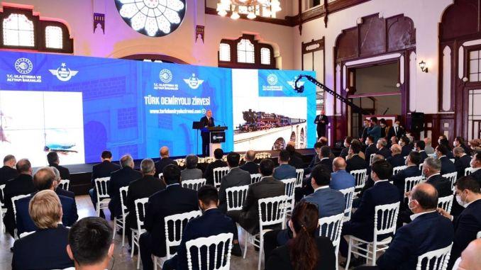 Turan 대통령은 터키 철도 정상 회의에 참석했습니다.