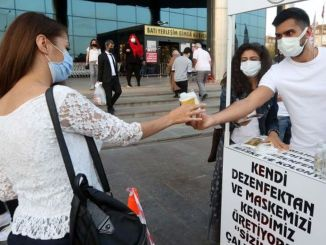 Mask Distribution from Ankara Yenimahalle Municipality at Metro Stations