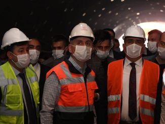 Ministrul Karaismailoğlu a examinat investițiile în transporturi în Hakkari