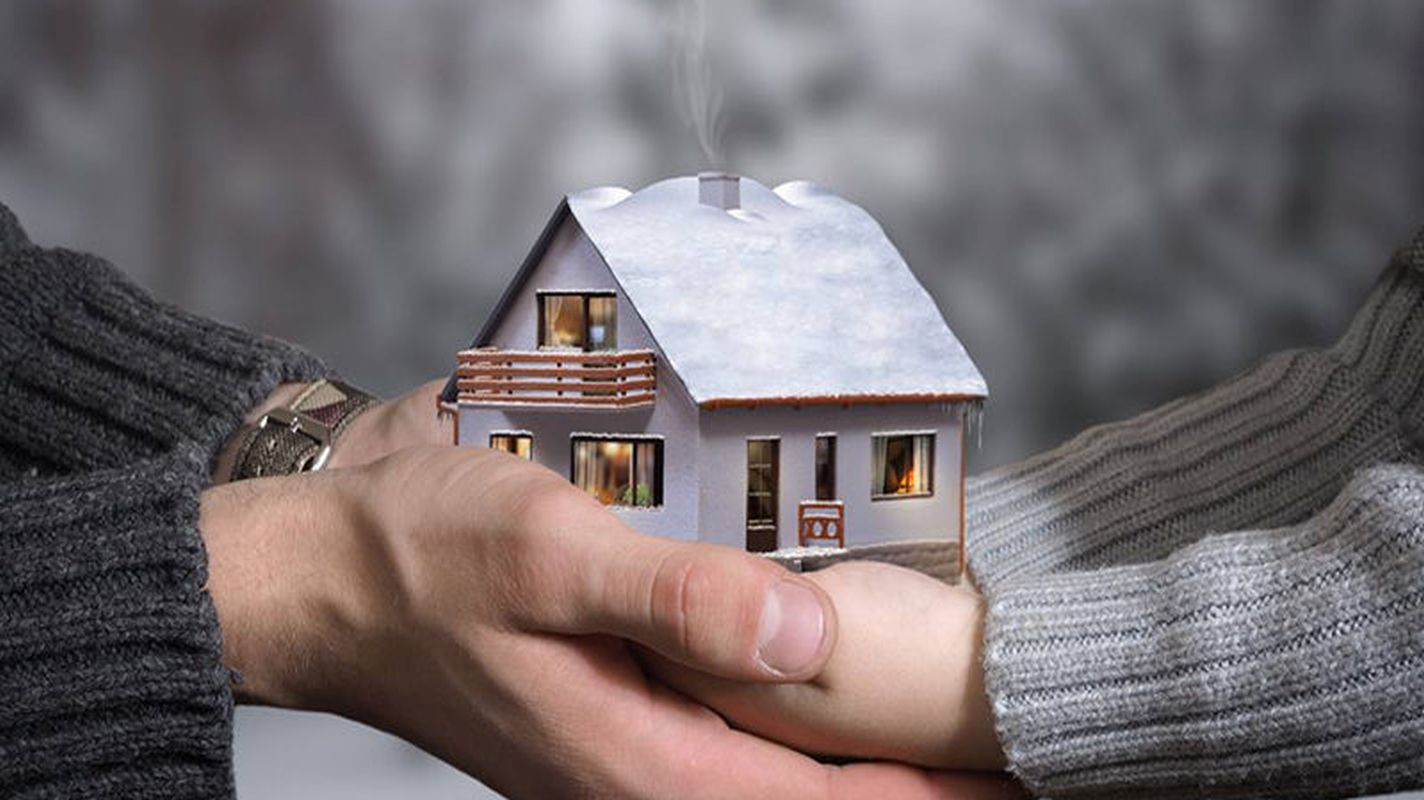 home-making-everyone-home-and-car-owner