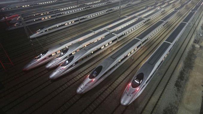 Каква е тайната на зашеметяващото развитие на железниците в Китай?