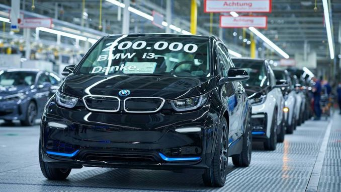 3th of electric BMW i200 model dropped off the band