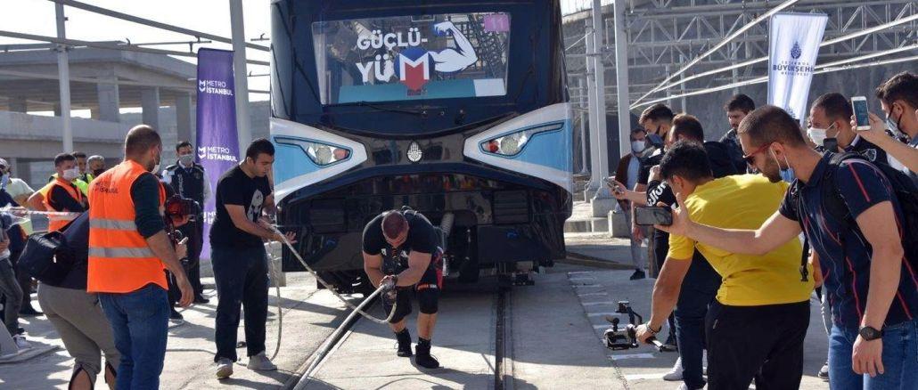 Metro İstanbul Strongman Challenge Tren Çekme Yarışması yapıldı