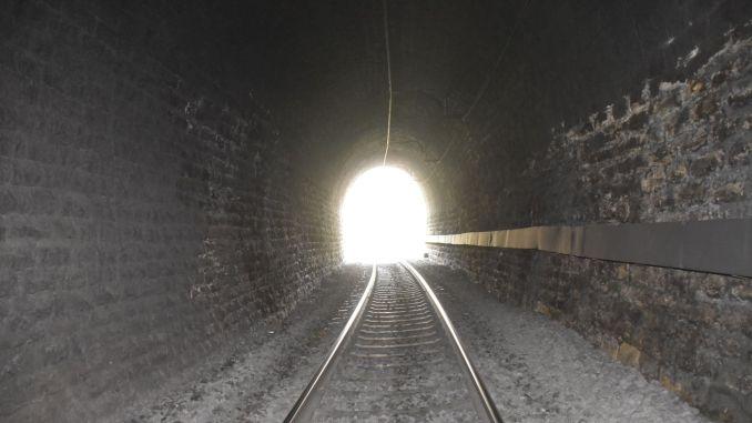 Verbetering van tunnels in het resultaat van NM Line Tender