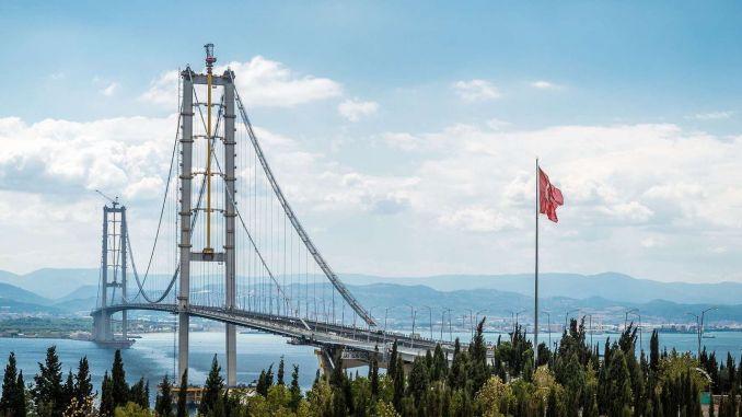 Die Zahlung der 1,75 Milliarden Lira-Garantie wurde an die Osmangazi-Brücke geleistet