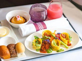 Qatar Airways İlk Tam Vegan Menyusunu təqdim edir