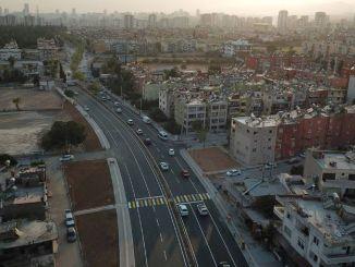 Rıfat Uslu Street geopend als een dubbele weg