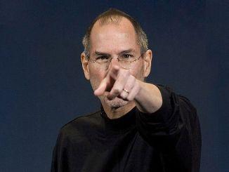 Cine este Steve Jobs