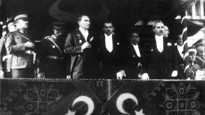 97歳のトルコ共和国