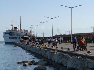 Van Ferry Pier Coastal Road Reconstructie