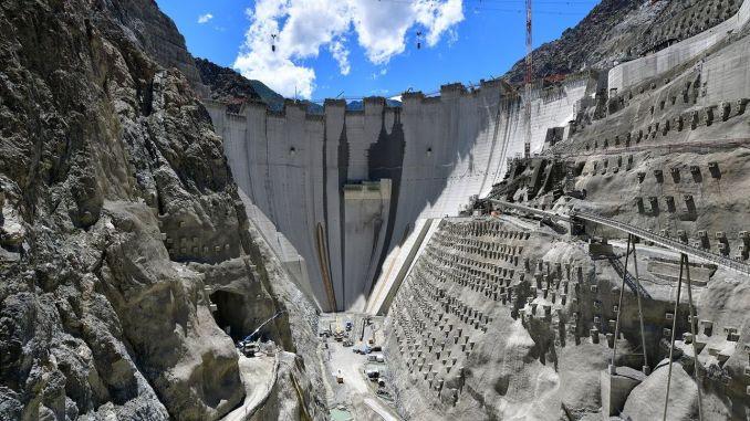 Yusufeli Dam Will Start to Keep Water Next Year