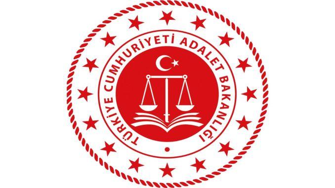 Das Justizministerium wird Verwaltungsbeamte einstellen
