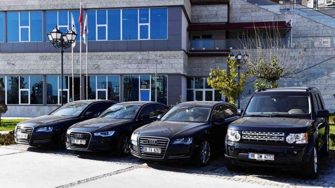 بيع السيارات الفاخرة من بلدية أنقرة