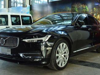 Ankara liigsete luksusautode müük käib täie hooga