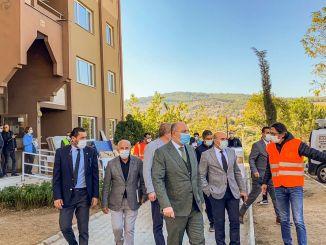 El presidente Soyer invitó a las víctimas del terremoto a residencias a larga distancia
