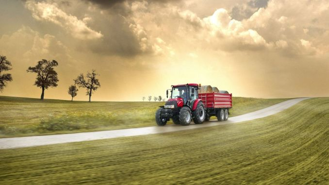 case ih increased its market share to either percent