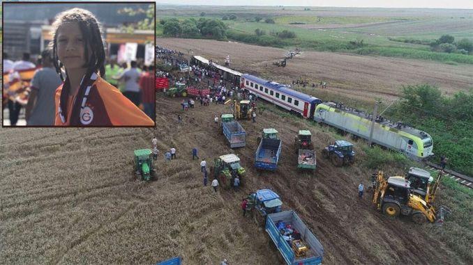 Die Nachricht von Misra Selin, die ihren Sohn bei der Corlu-Zugkatastrophe verloren hat, wurde auf dem tbmm gelesen.