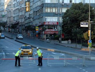 Which are the roads that will be closed to traffic due to the Istanbul marathon