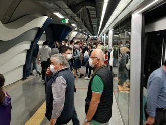 Istanbuls invånare älskade mecidiyekoy mahmutbey-tunnelbanan