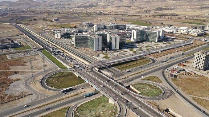 Kayseris miljon liiri maksnud ühendustee avati teeninduseks