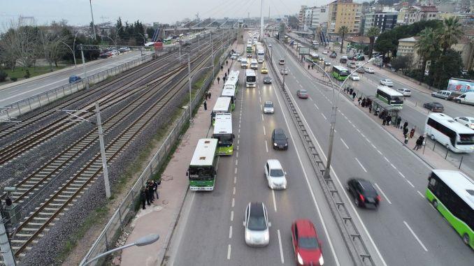 Aranjament de weekend pentru transportul public în Kocaeli