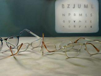 Melyek a rövidlátás tünetei? A rövidlátás oka a képernyő hosszú távú nézete?