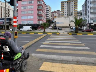 Pedestrian crossings with buttons in trabzon are made contactless