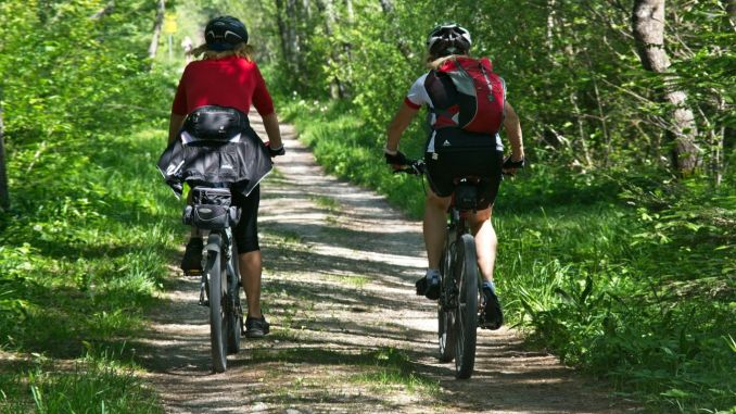 Piloting bicycle routes are created in order to diversify tourism