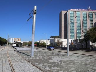 Ulica kepez konyaalti została połączona szynami w systemie szynowym sceny