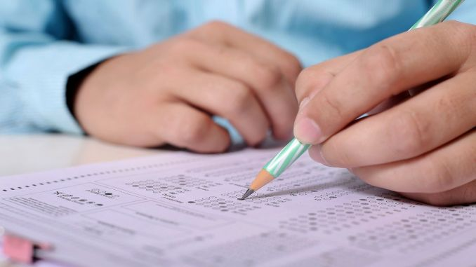 ujian sekolah menengah dan menengah acikogretim telah ditunda