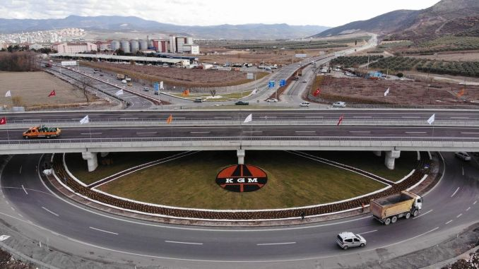 Akhisar surrounding road will reduce carbon dioxide emissions and breathe the city