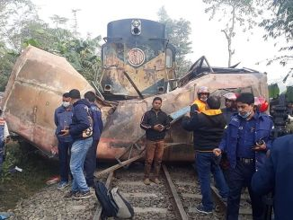 injured when a train crashed in bangladeste passenger bus