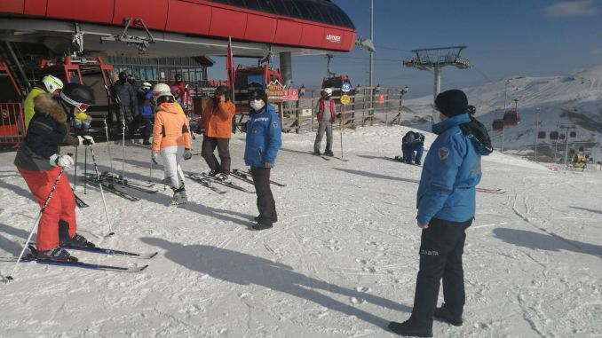 Covid measures were inspected at the Erciyes ski center