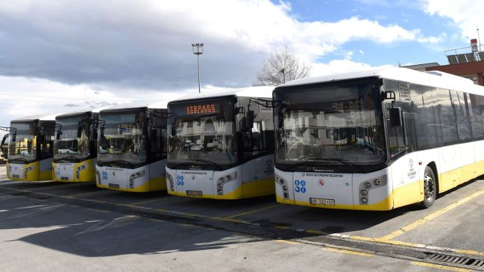 Transport special pentru pasagerii între vârste pentru sănătatea locuitorilor din Konya