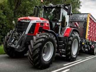 massey fergusona gada traktora balva