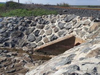 The connection of samsun thick line sunken culverts to the nearest stream is the result of the tender.