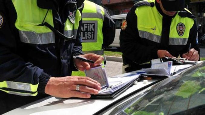 Where to pay the traffic ticket