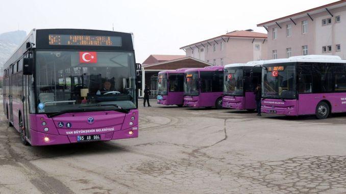 Public transport hours on the weekend in van