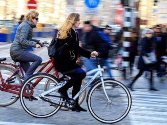 Η χρήση ποδηλάτων αυξήθηκε για την προστασία από τον ιό, εμφανίστηκαν ελλείψεις