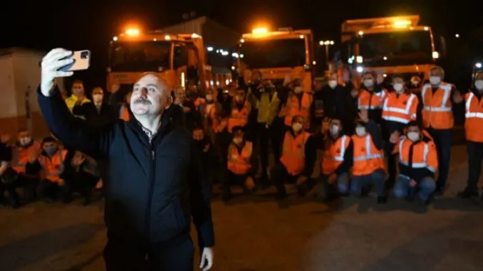 The minister has entered the new year with karaismailog with his employees on the highway in bolu