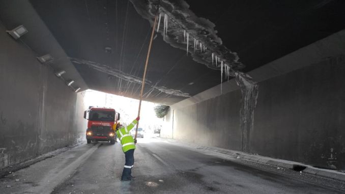 Dangerous icicles are being cleared in the capital