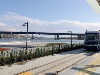 """Pirmasis iš """"Alstom"""" Turkijoje! Eminönü Alibeyköy tramvajus energiją ima iš žemės"""