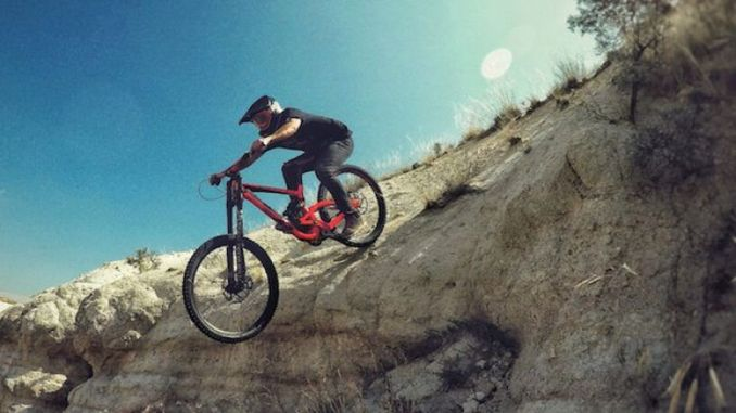 Davut Can Tayyar Introduces Anatolia With Downhill Vlogs