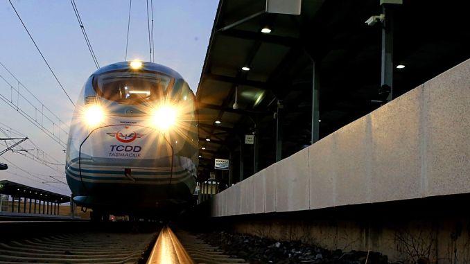 High-speed train coming between adapazari sabiha gokcen