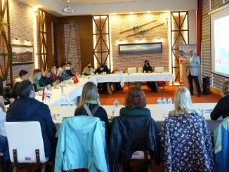 erciyes ski center continues its global presentations