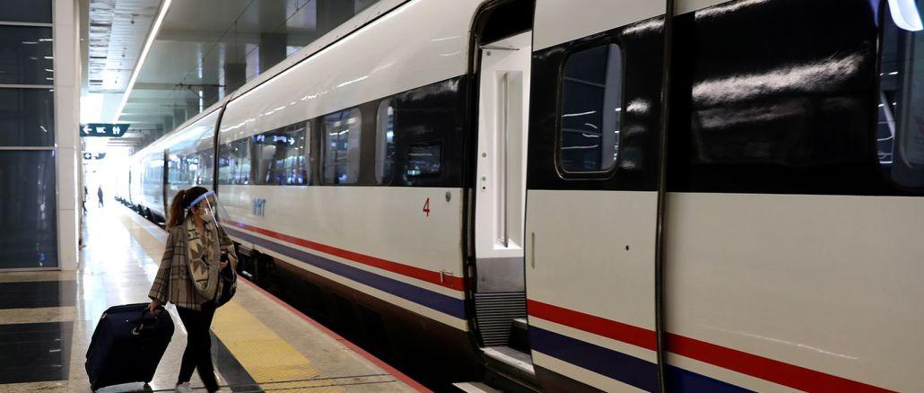 Kdaj bodo hitri vlaki prevažali potnike z odstotno zmogljivostjo?